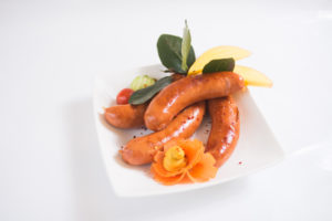 Swiss Deli Pork Kabbanos is a traditional Polish smoked sausage with coarse texture and sweet-spice flavours of paprika, nutmeg and ginger.
